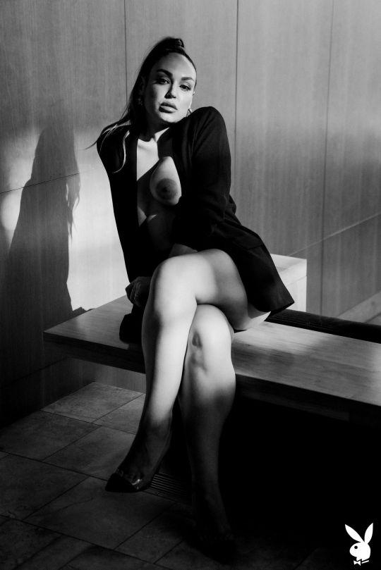 Sophie Grey Topless