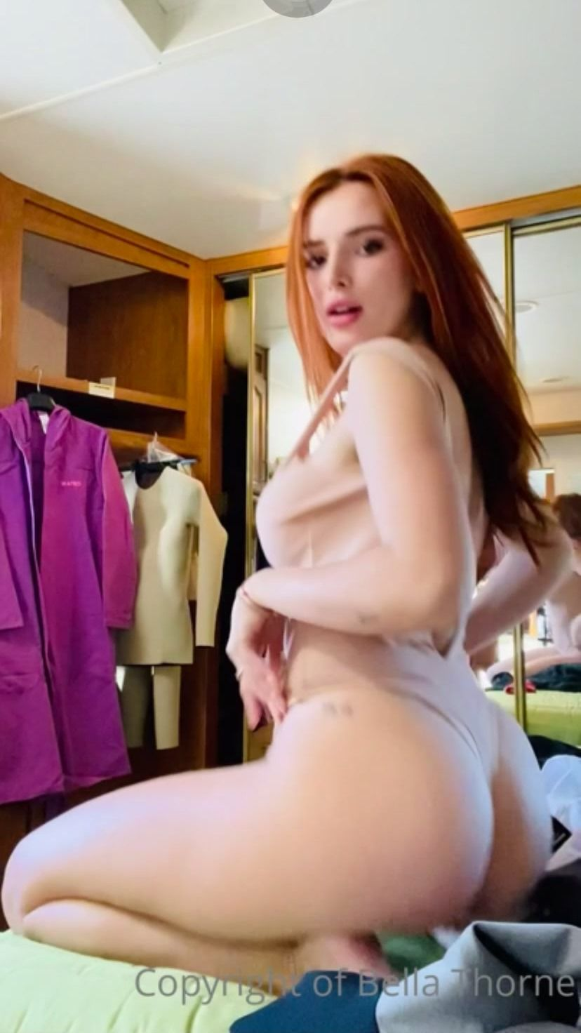 Bella Thorne Sexy Body