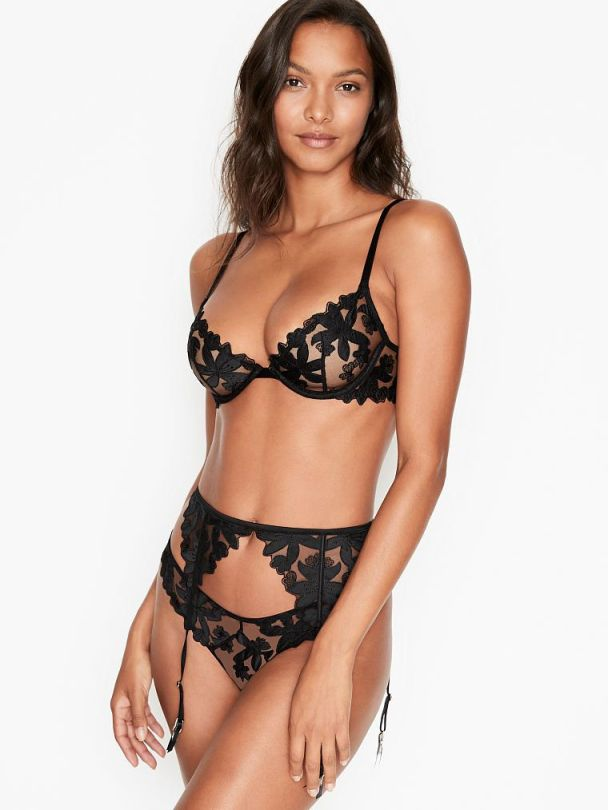 Lais Ribeiro Beautiful In Lingerie