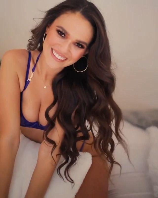 Madison Pettis Sexy Boobs