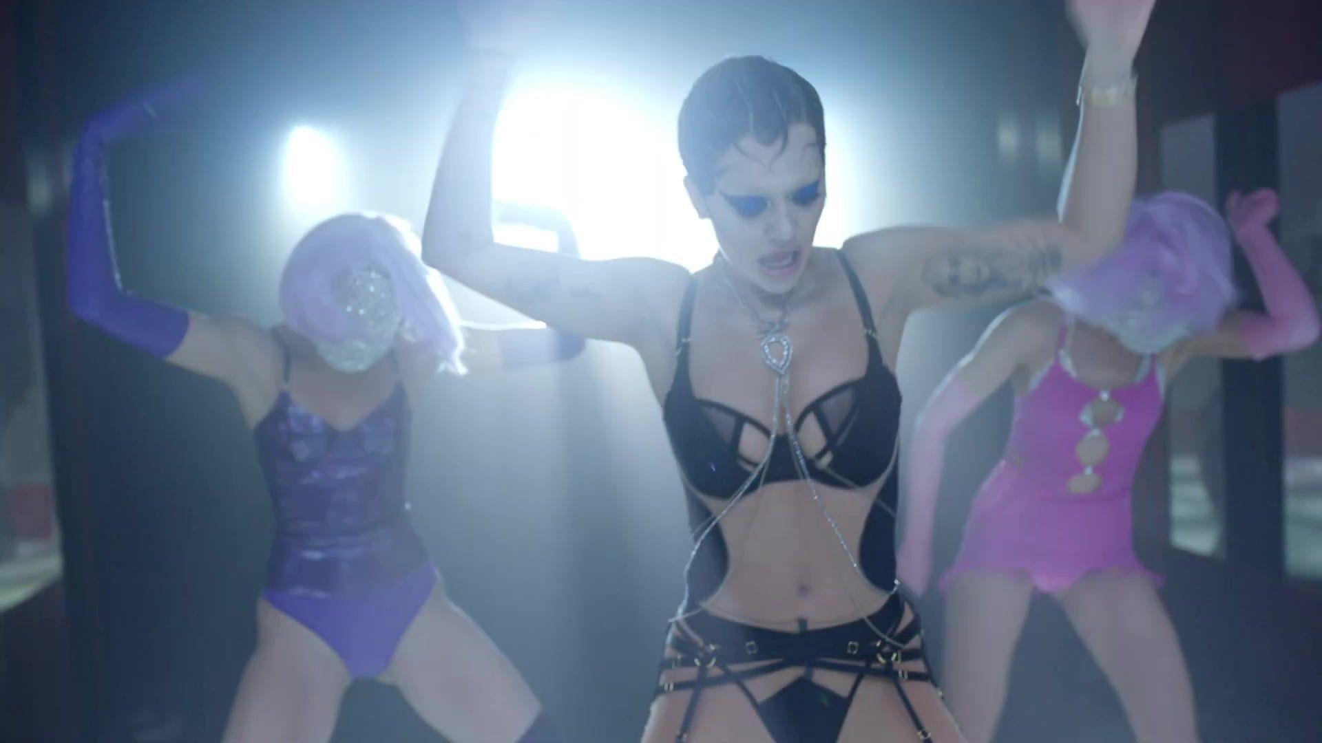 Rita Ora Sexy Body