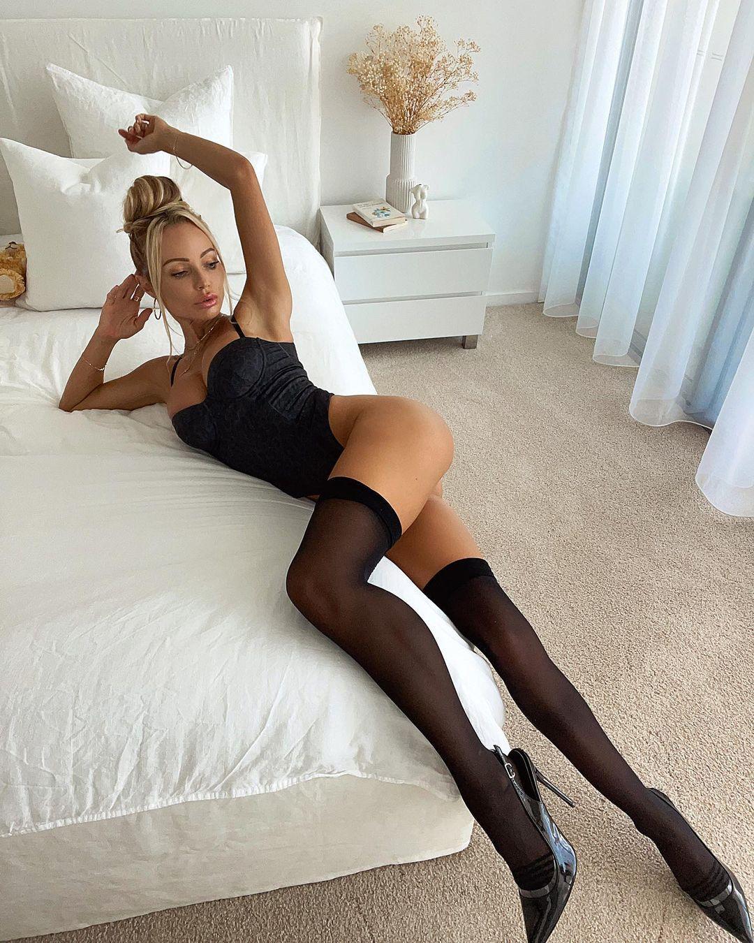 Abby Dowse Hot Body
