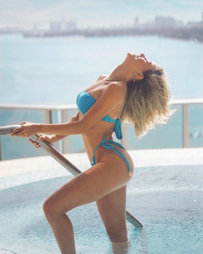 Cindy Prado Thong Bikini Pics