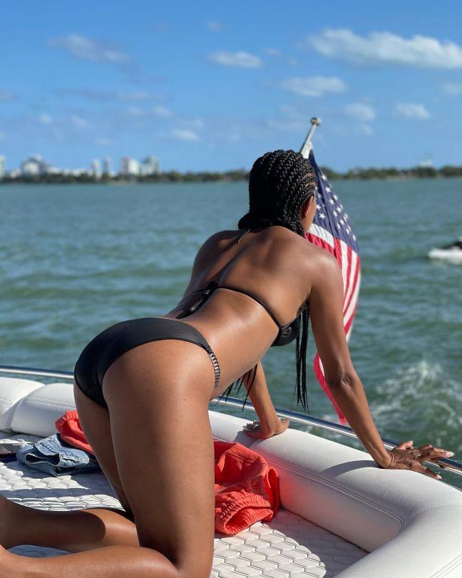 Gabrielle Union Beautiful In Bikini