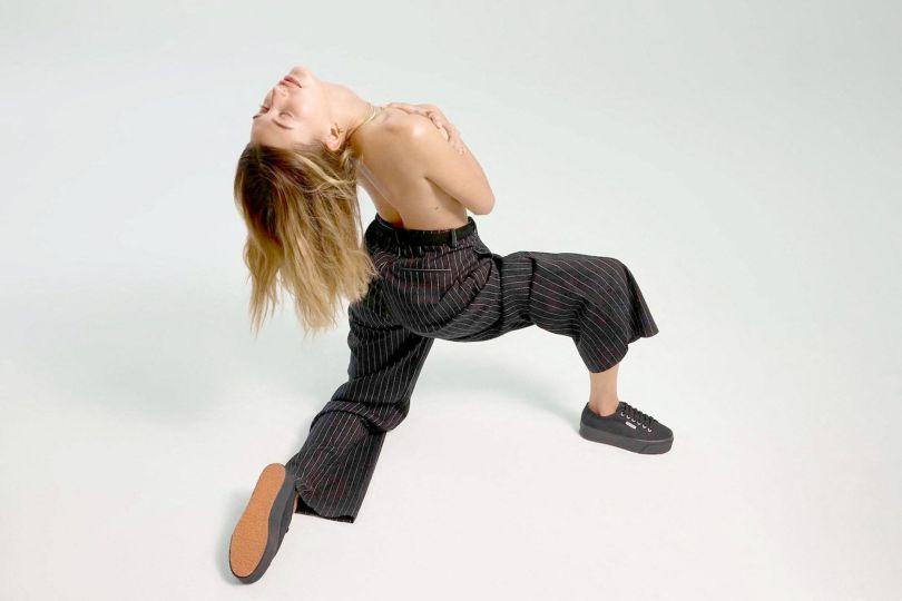 Hailey Bieber Sexy Pics