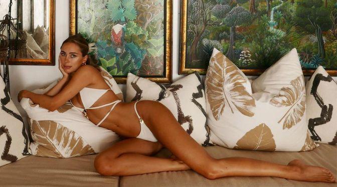 Kimberley Garner – Stunning Body in a Small BIkini