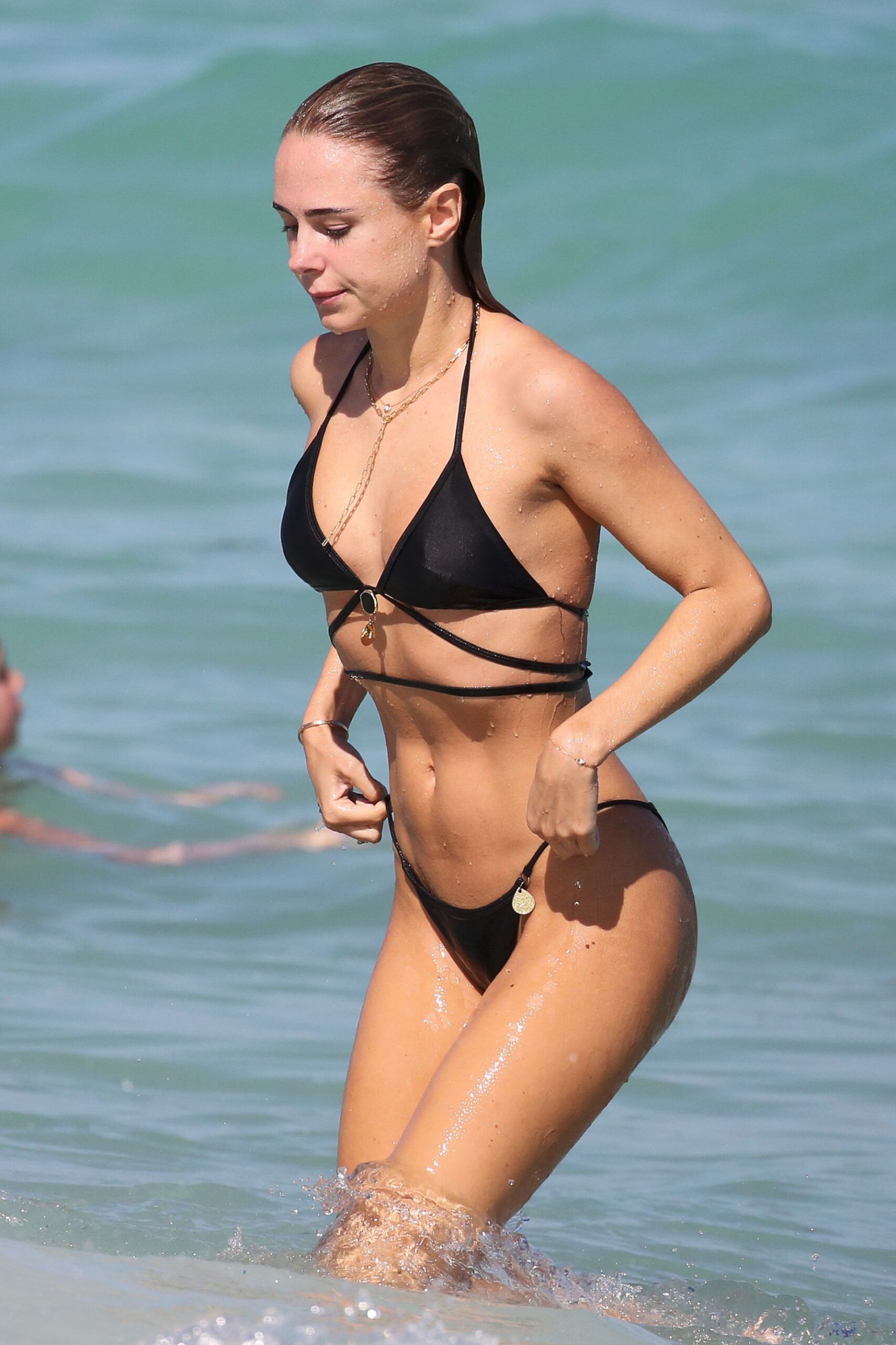 Kimberley Garner Perfect Bikini Body