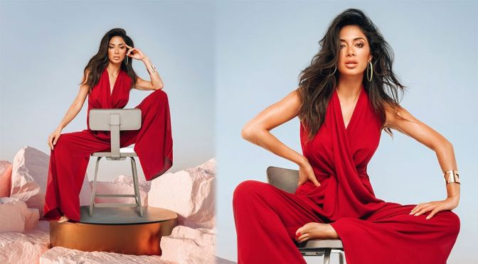 Nicole Scherzinger – Gorgeous in a Sexy Red Dress