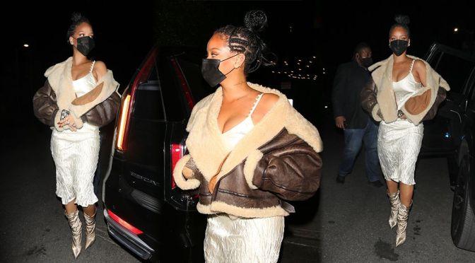 Rihanna – Beautiful Boobs in a Sexy Dress at Nobu restaurant in West Hollywood