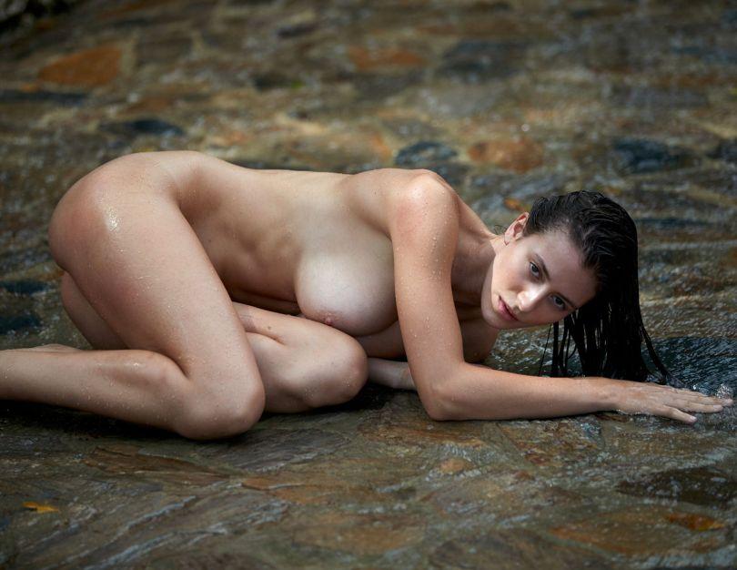 Alejandra Huilmant Naked Body