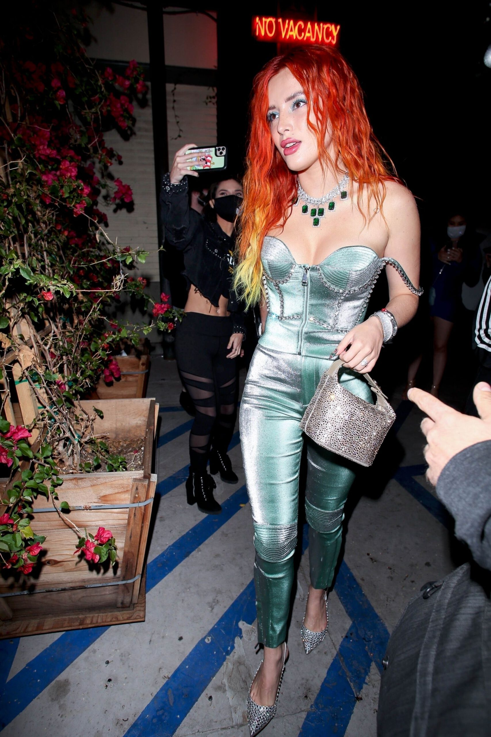 Bella Thorne Sexy Cleavage