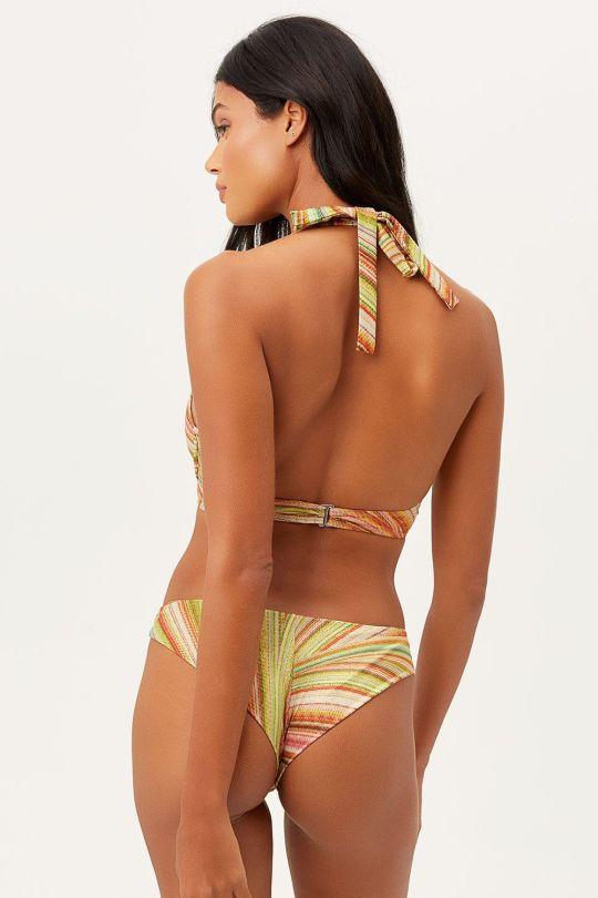 Daneila Braga Sexy In Bikini