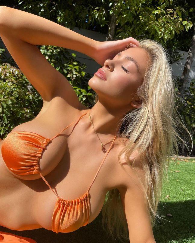 Hannah Palmer Stunning Body