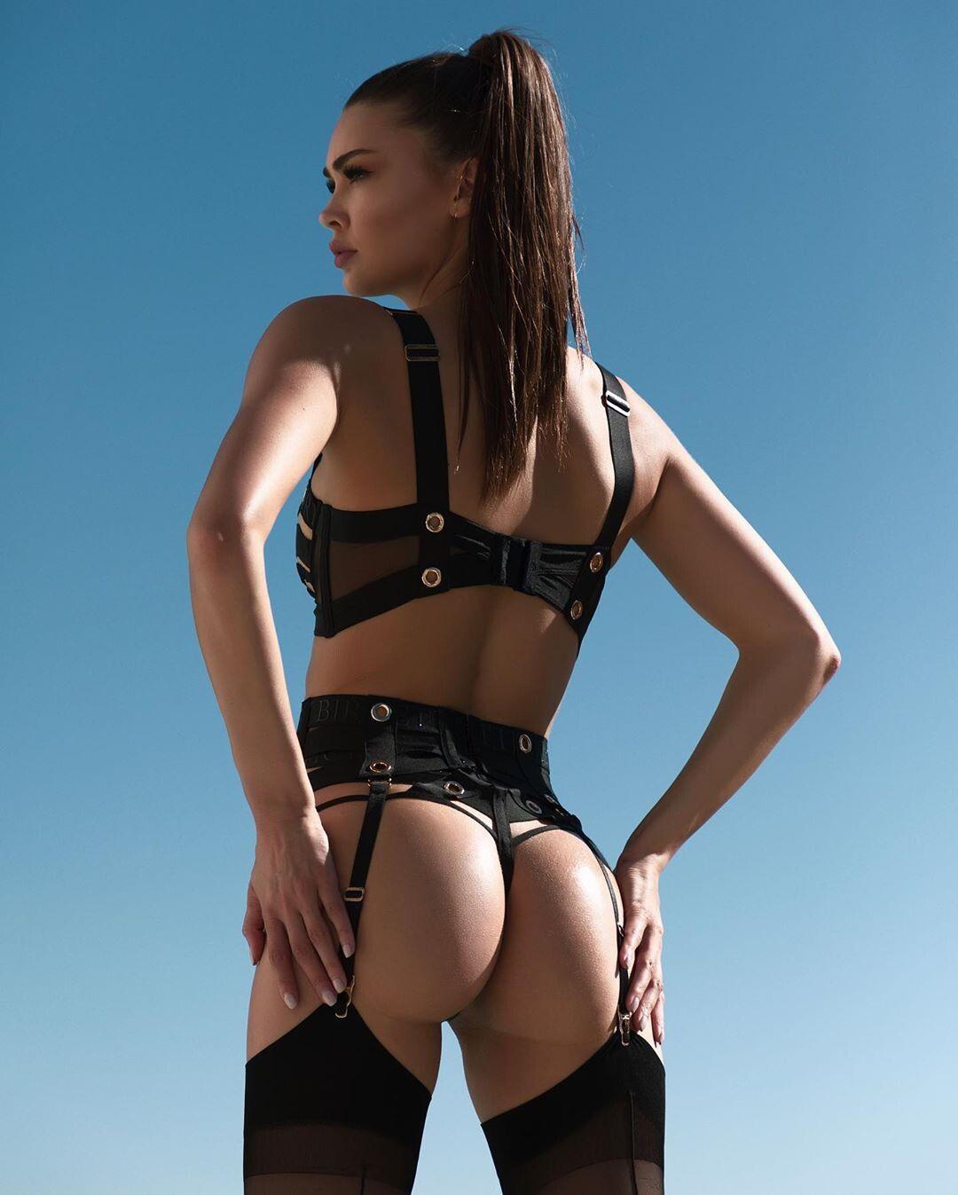 Jessica Nazarenus Stunning Body