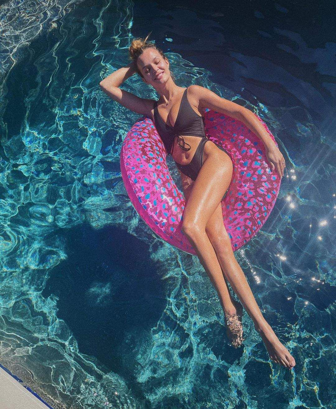 Josephine Skriver Sexy Bikini Pic