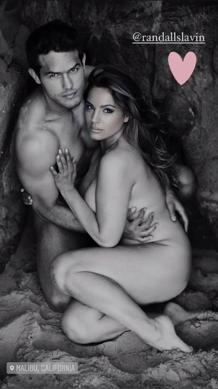 Kelly Brook Hot Nude Body