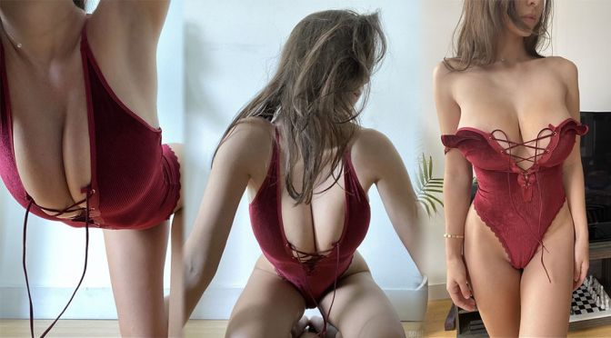 Sophie Mudd – Fantastic Boobs in a Sexy Lingerie Photoshoot