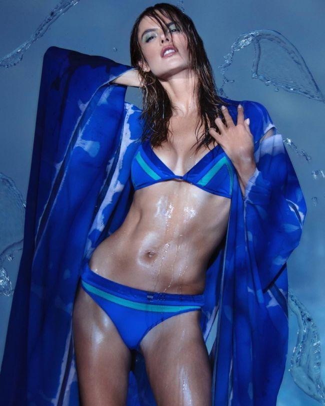 Alessandra Ambrosio Gorgeous Body