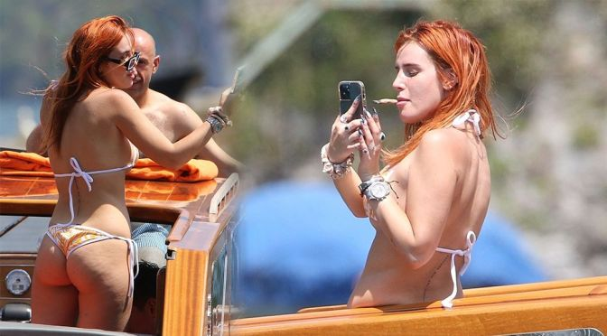 Bella Thorne – Gorgeous Ass and Boobs in a Bikini on Lake Como in Italy