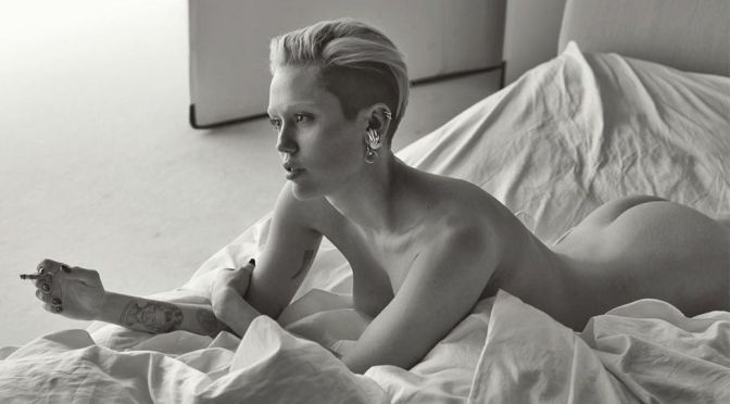 Miley Cyrus – Gorgeous Naked Body in a Sexy Photoshoot by Mert Alas (NSFW)