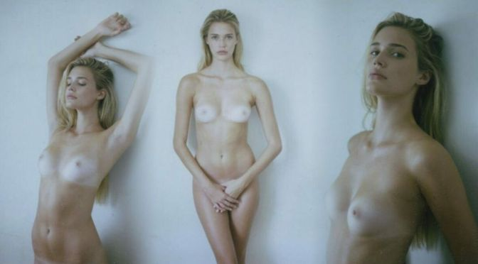Noel Berry – Beautiful Boobs in a Sexy Nude Portraits (NSFW)