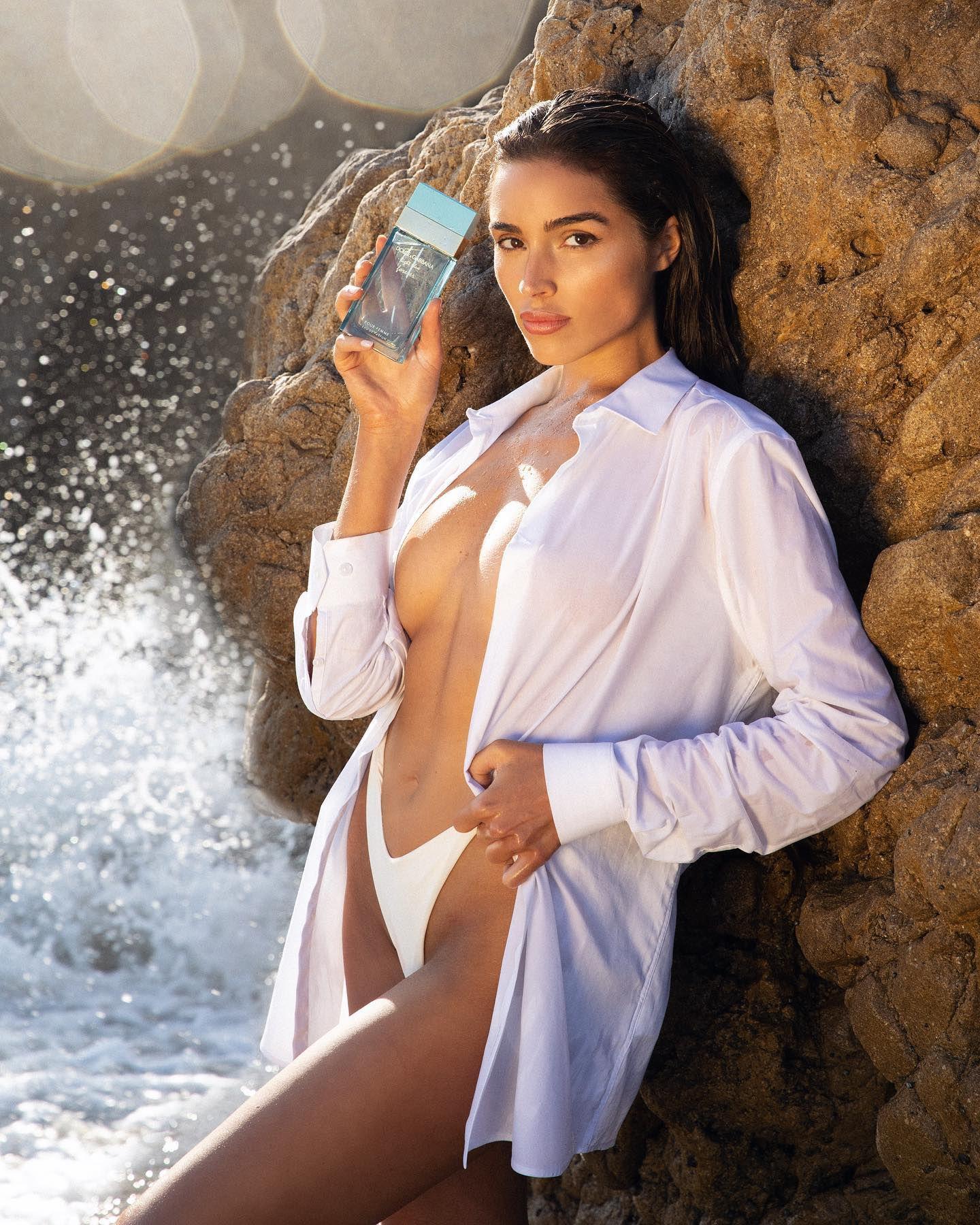 Olivia Culpo Braless Sexy Pic
