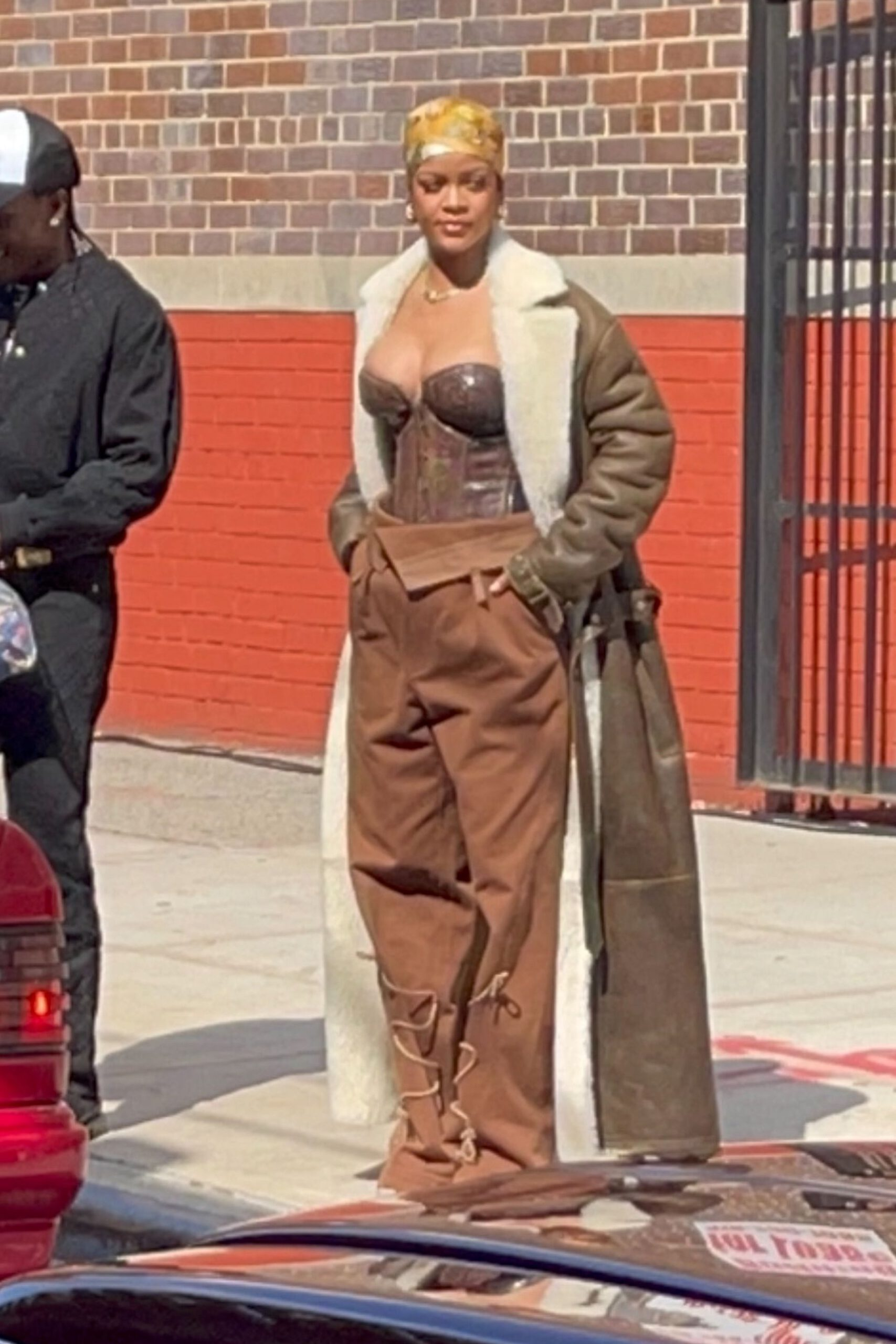 Rihanna Big Boobs