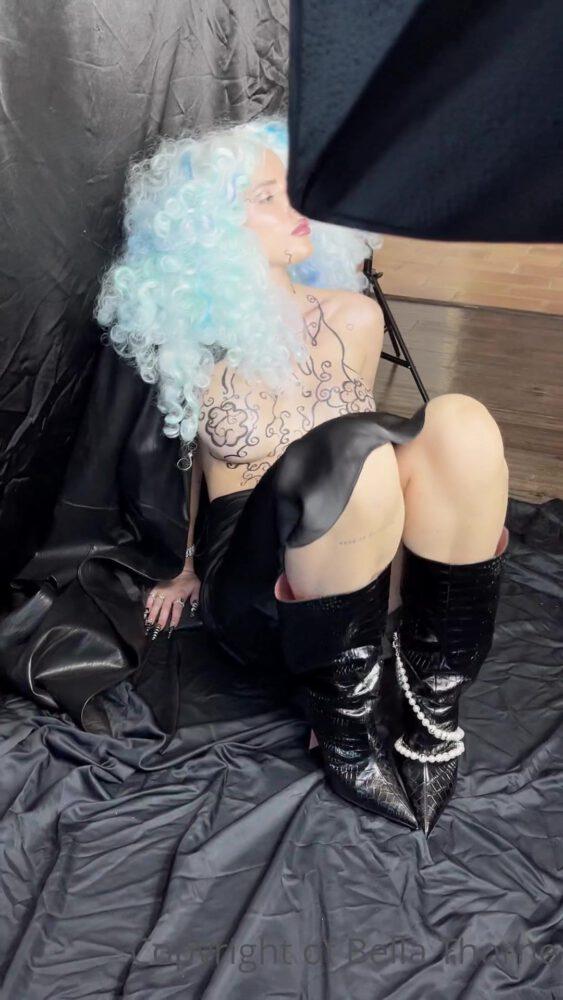 Bella Thorne Boobs Upskirt