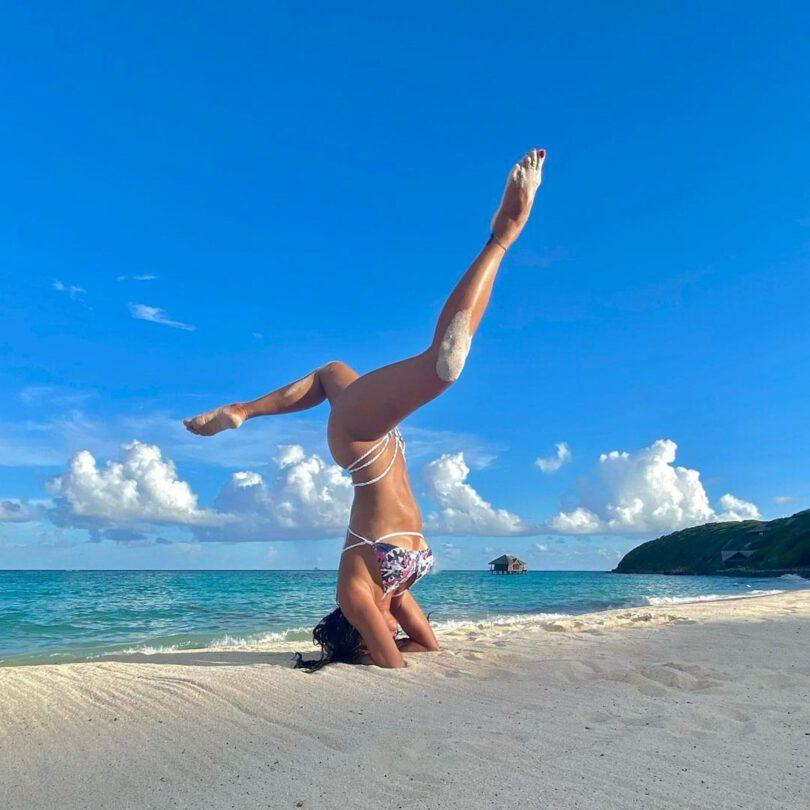 Nicole Scherzinger Sexy In Bikini