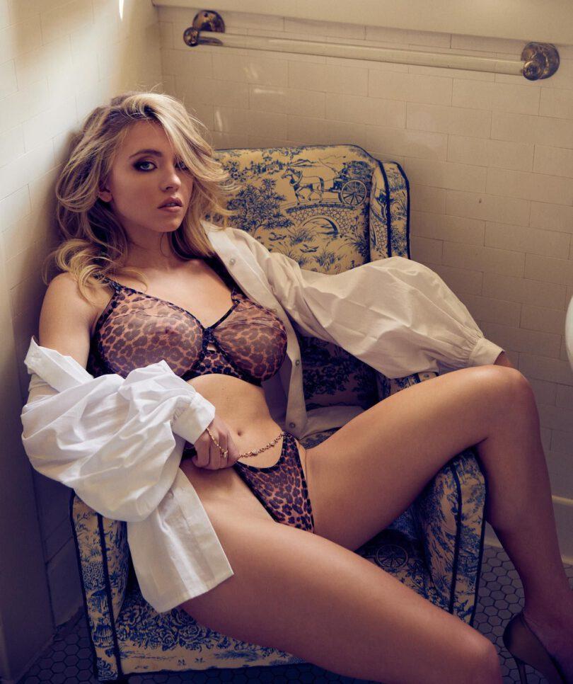 Sydney Sweeney Gorgeous In Sexy Bra And Tiny Panties