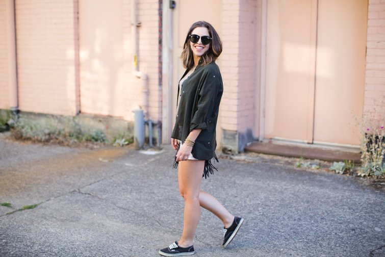 Seattle Fashion Blogger, Karen Walker Harvest Sunglasses, Star print fashion