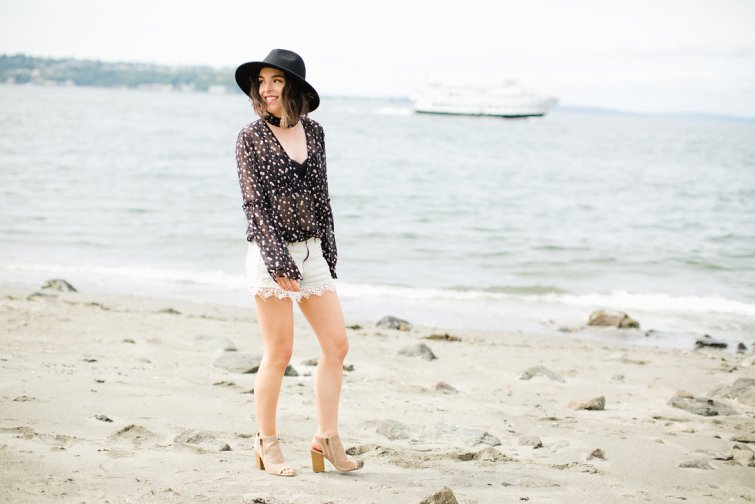Seattle Fashion Blogger Bailey Chauner