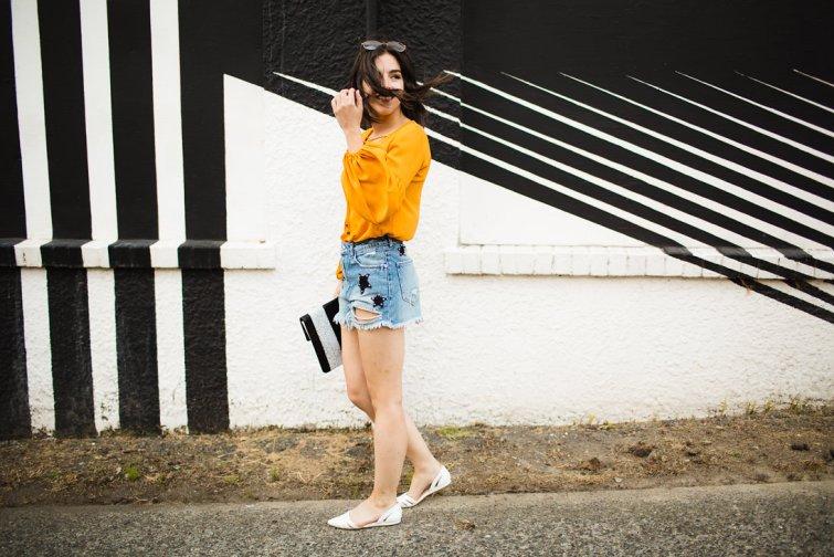 Distressed denim star embroidered shorts fashion blogger