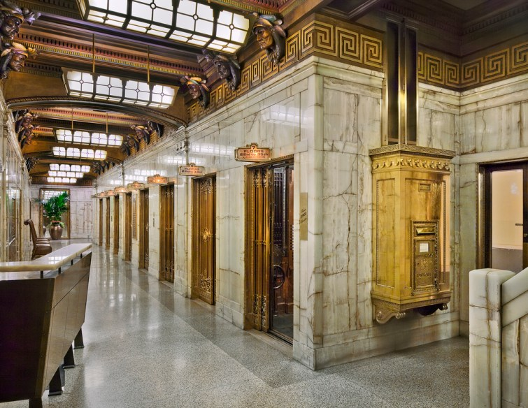 Most Instagram Worthy Places in Seattle - Smith Tower