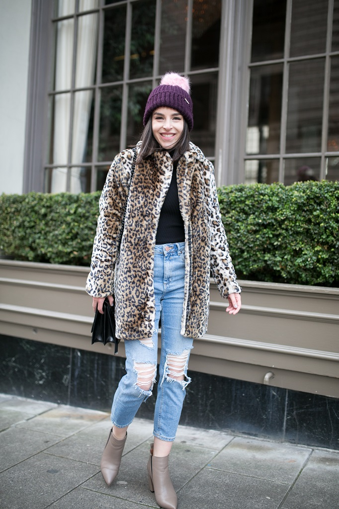 Petite fashion blogger leopard coat Seattle