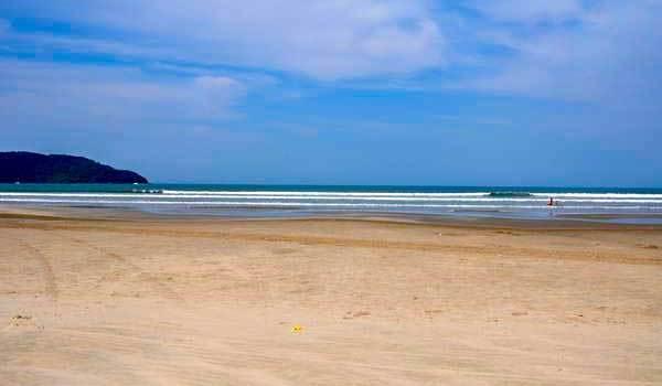 Praia Indaiá Bertioga