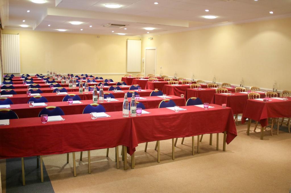 Salle de réunion à Sait Nectaire
