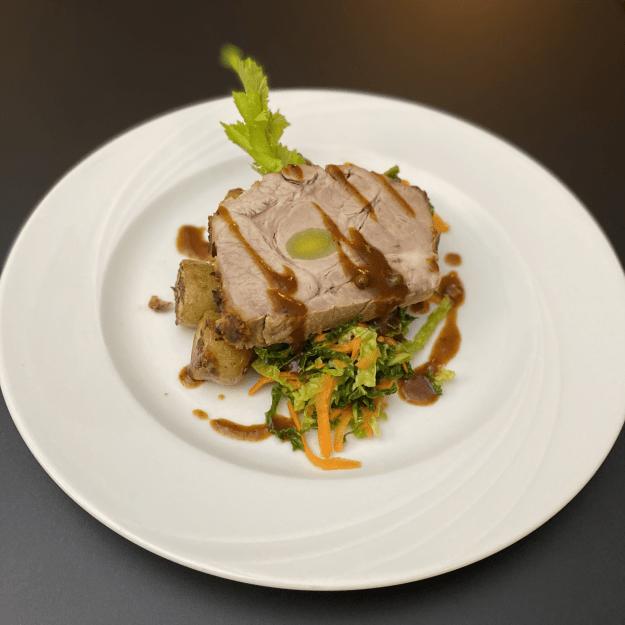 Spießbraten vom Harzer Strohschwein aus der Region
