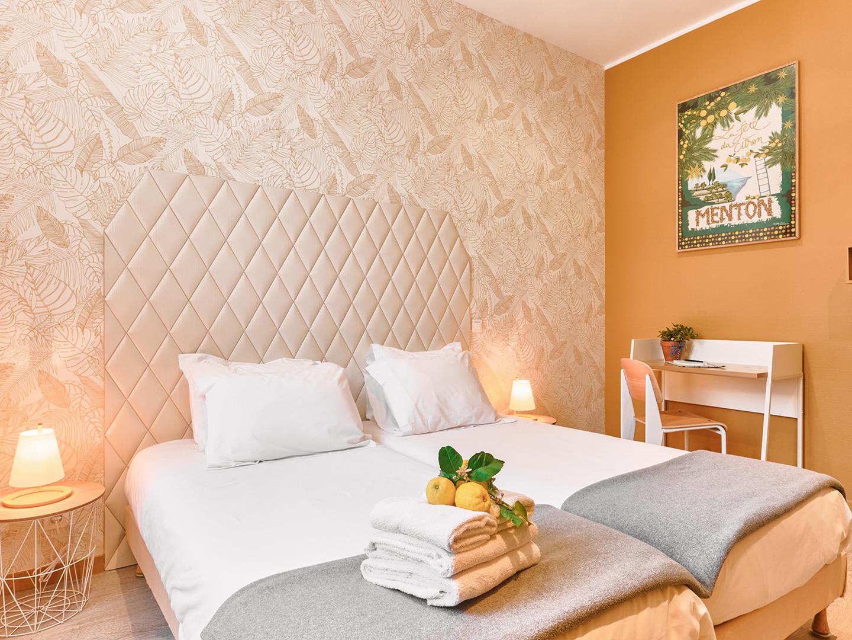 Hôtel Lemon - Menton - Chambre côté rue - 1