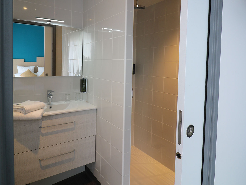 Hôtel Le Virevent Saint Raphaël - Salle de bain - 305 - 2