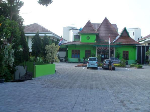 Kesambi Hijau Hotel