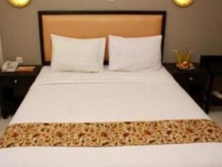 Royal Phoenix Hotel