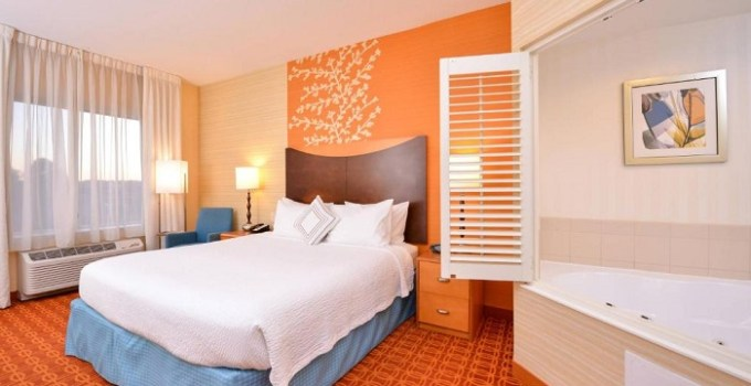 Room with Whirlpool in Fairfield Inn & Suites White Marsh Hotel, near Baltimore, MD