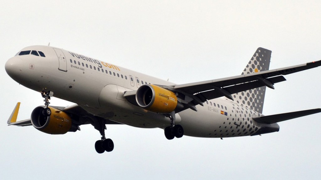 Vueling Launches New Route From Cork Airport to Paris Orly