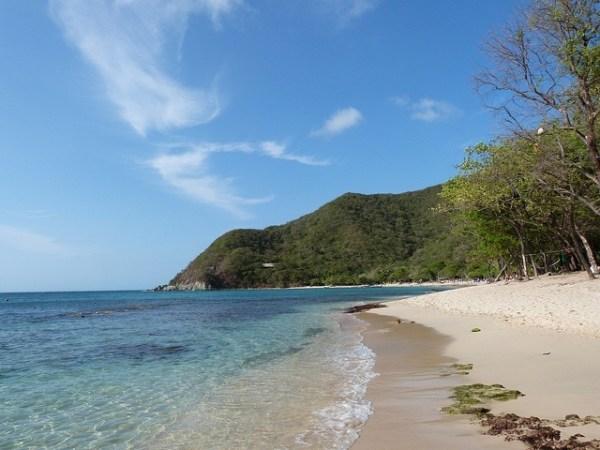 Playa Cristal Santa Marta Beach