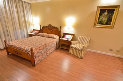 Apartamento Casal   Hotel Castelar