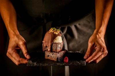 BROWNIE-CHOCOLATE-FINCA-COMENDADOR