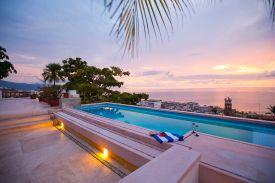 hoteles-boutique-de-mexico-hotel-luna-liquida-puerto-vallarta-alberca-1