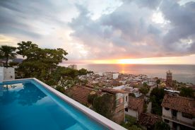 hoteles-boutique-de-mexico-hotel-luna-liquida-puerto-vallarta-terraza-atardecer