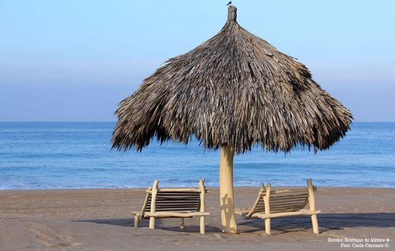hoteles-boutique-de-mexico-visita-estos-3-hermosos-destinos-de-playa-para-evitar-las-aglomeraciones-costalegre